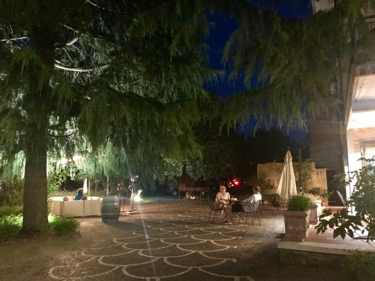 Villa Ambra patio, Montepulciano