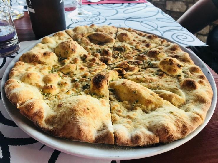 Pizza crust appetizer