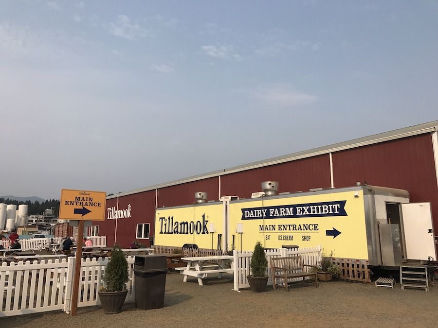 Tillamook Creamery parking lot