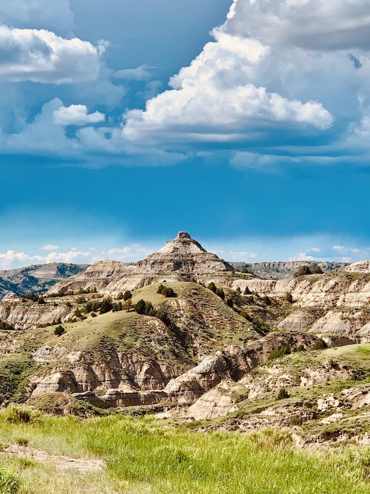 scenic overlook North Dakota badlands