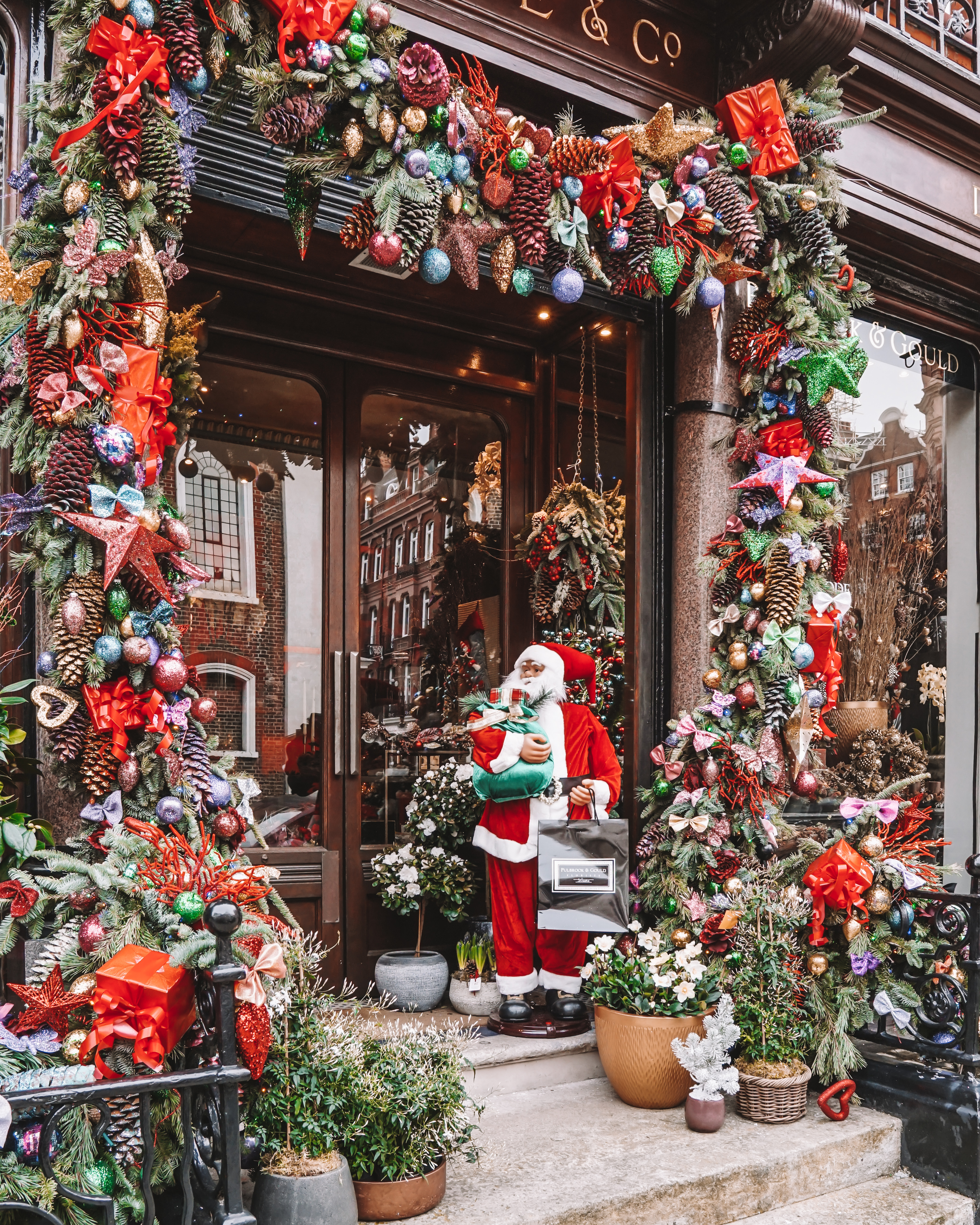 Christmas in London | London's Best Festive Displays | Pulbrook & Gould