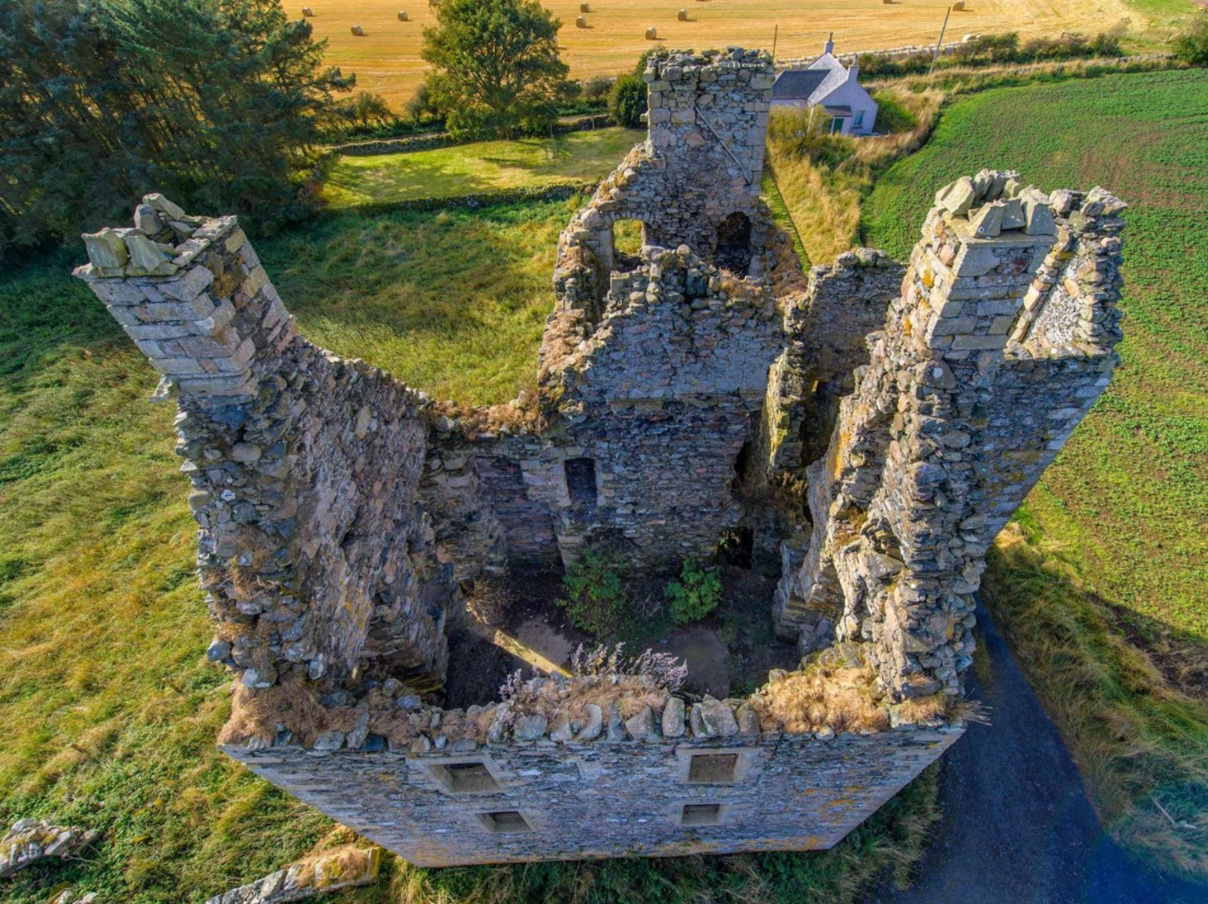 5 Incredible Castles For Sale in the UK | Knockhall Castle