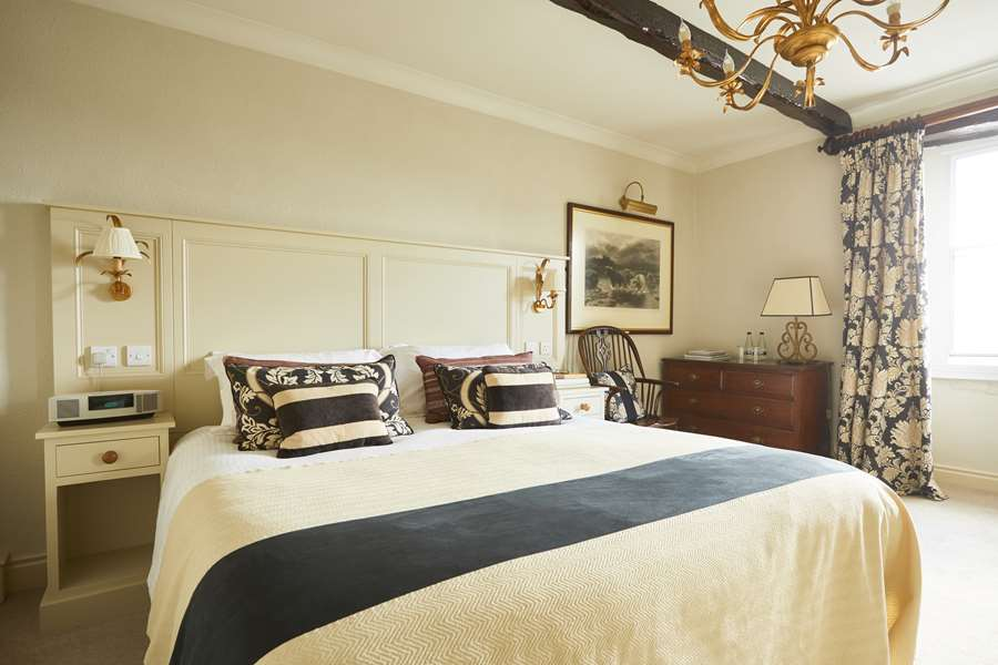 The-Best-Pub-Hotels-in-England-Rose-and-Crown-County-Durham