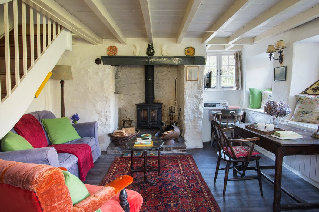 cosy_cottages_to_spend_christmas_in_philham_water_cottage_devon