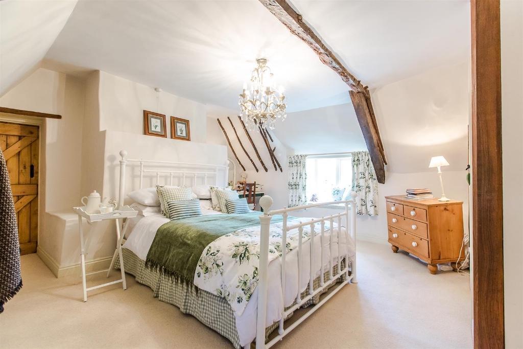 Take_a_peek_at_my_saved_houses_on_rightmove_sudborough_northamptonshire