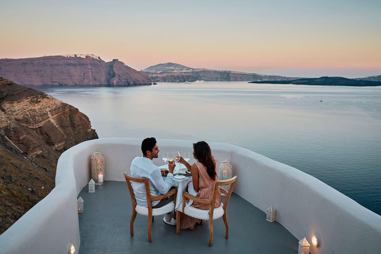 best_hotel_views_in_santorini_andonis_mystique