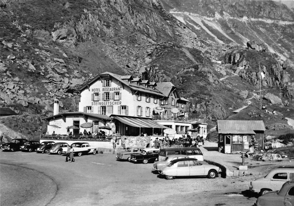 Postcard Swiss Chalet Citroen