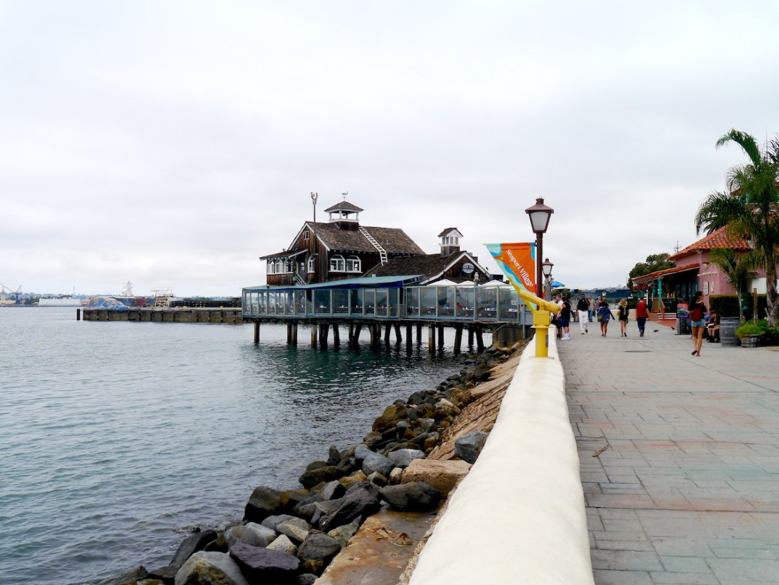 Seaport Village, Promenade