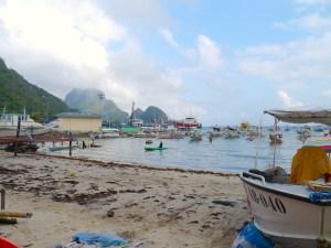 El Nido, Beach