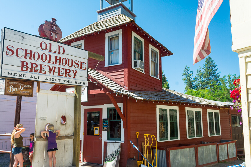 How to Spend a Weekend in Winthrop Old Schoolhouse Brewery