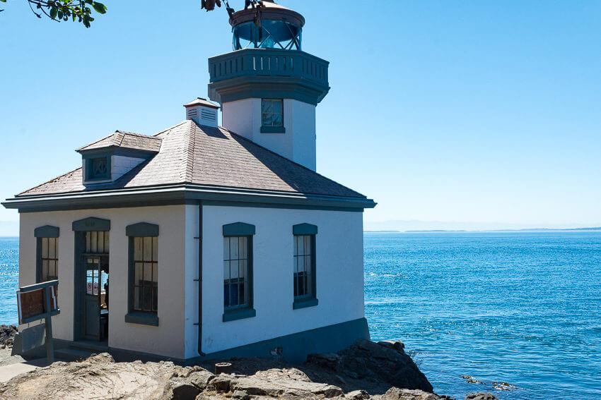 visiting san juan island lighthouse