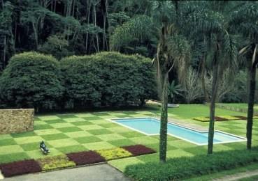Roberto Burle Marx - Paisagismo da residência de Edmundo Cavanellas (1954), em Petrópolis