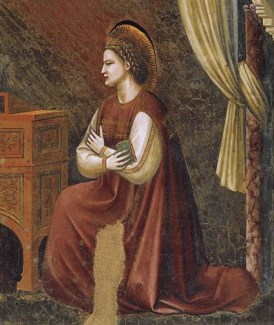 A loose dark red cyclas with a cream cote and gold details worn under. Notice the sleeve, 1306
