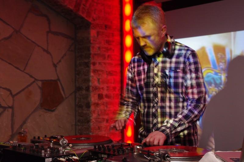 DJ Mek