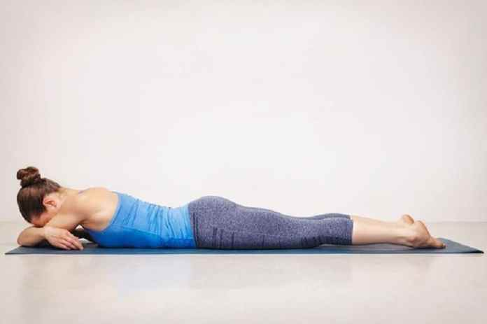 10 easy yoga poses for fast sleep and relaxation that you should practice before going to bed. Best yoga poses to practice after a stressful day.