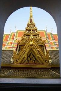 TheKollektive_Bangkok_WatRatchana_08
