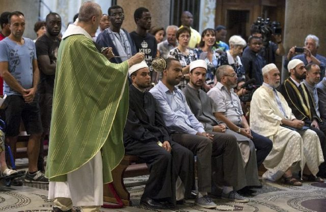 Muslims join Catholics in Italy