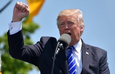Trump Refuses To Show Taxes To IRS