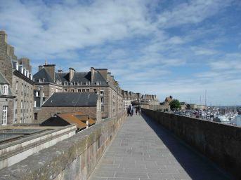 Percorrendo le mura a Saint-Malo