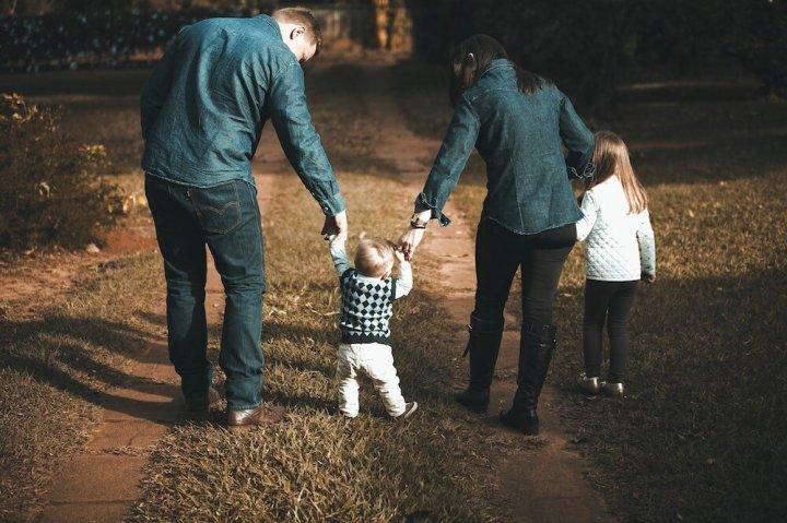 postpartum family help.jpg