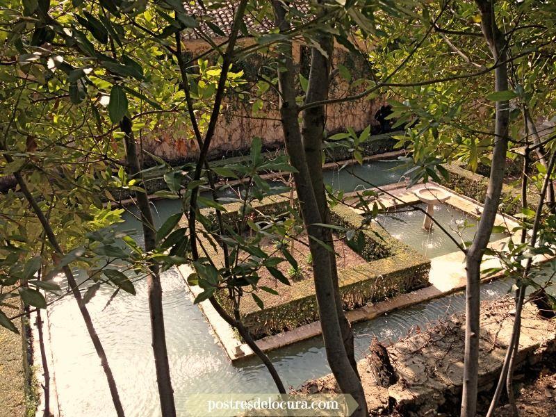 fuentes y jardines