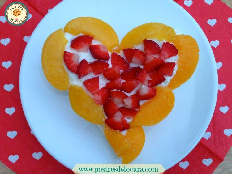 Merengue con nata y fruta