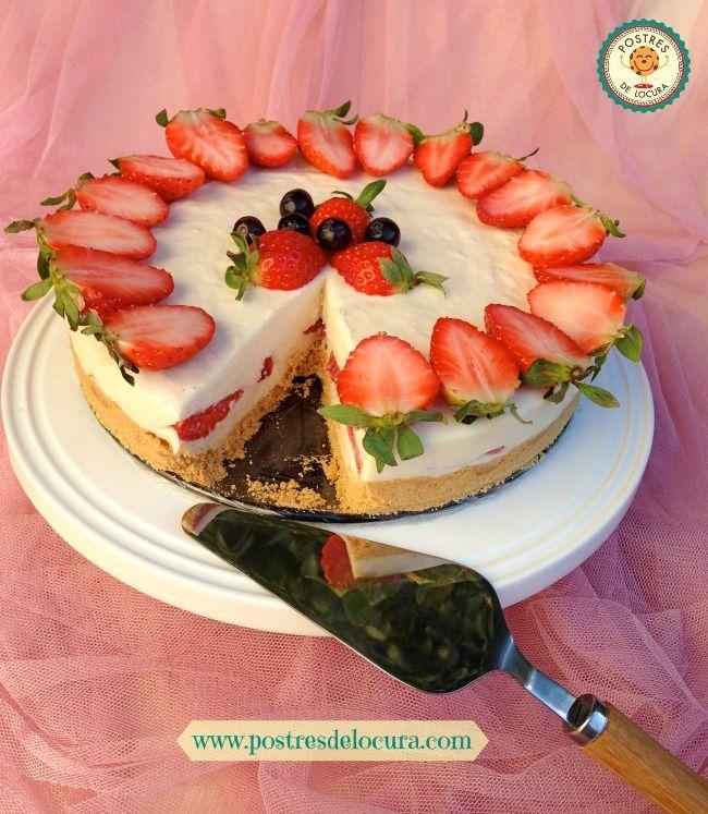 Tarta de queso, chocolate blanco y fresas