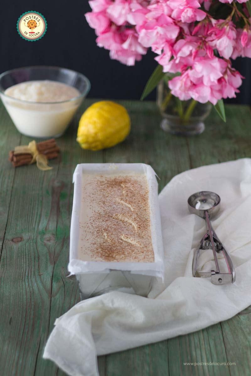 Helado casero de arroz con leche