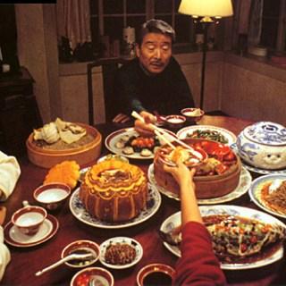 Comer, beber, amar (1994)