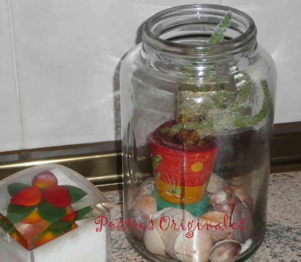Planta en bote de cristal