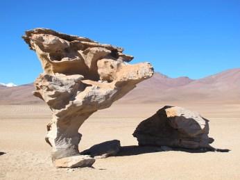 Rock formation Arbol de Piedra (rock mushroom), Altiplano plateau, Bolivia