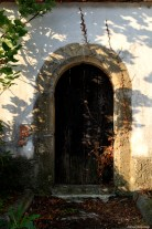 Old entrance - Franciscan monastery / Stare drzwi w klasztorze franciszkanów