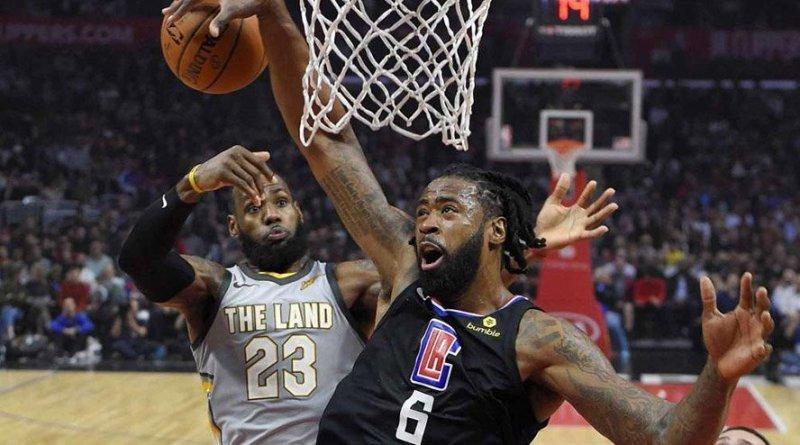 LeBron James vs DeAnre Jordan