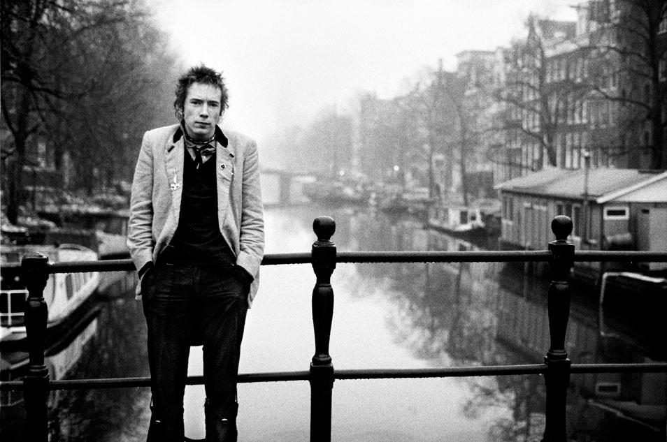 PDN Photo of the Day  Johnny Rotten Amsterdam 1977  Anton Corbijn