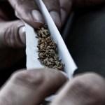 ¿Son menos propenso a dolores de cabeza las personas que fuman a diario?