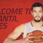 Miles Plumlee jugador de los Atlanta Hawks, fue arrestado por posesión de marihuana.