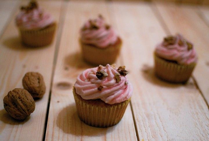 Cupcakes à la rose et à la framboise