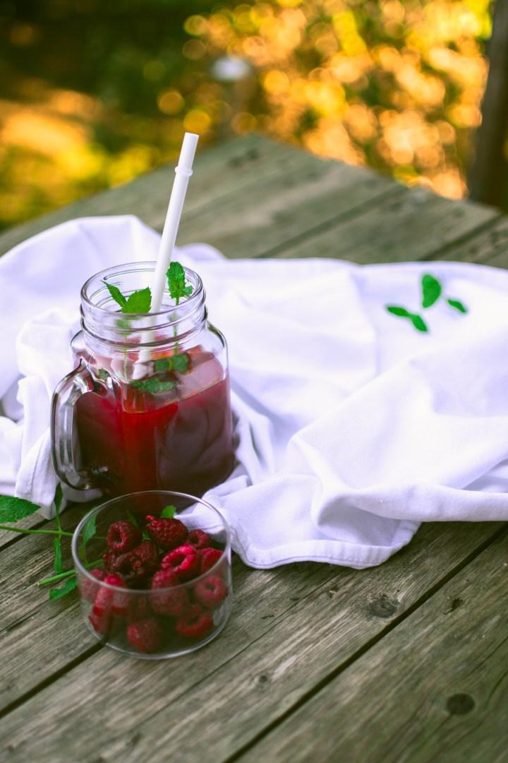 thé glacé aux fruits rouges et menthe - potimanon