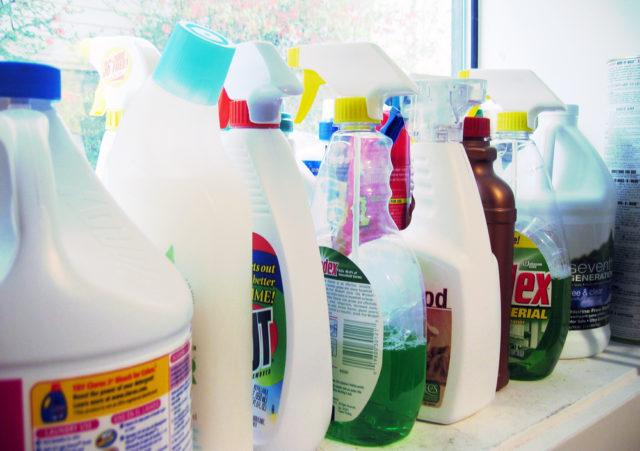 Produse chimice de uz casnic