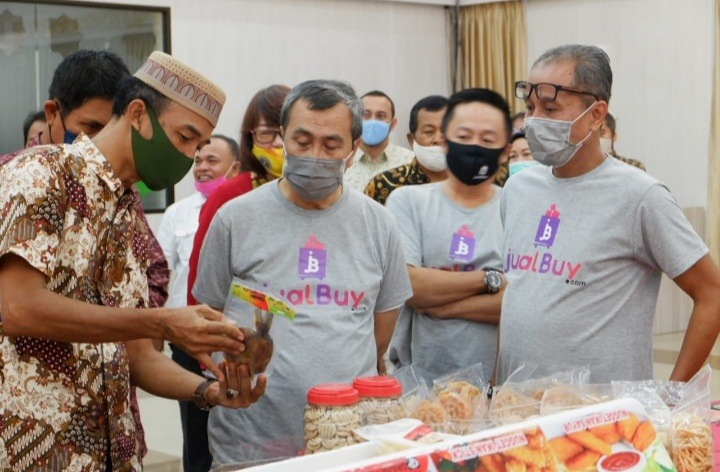 Startup Asli Lokal Riau, Gubri Syamsuar Launching jualBuy.com