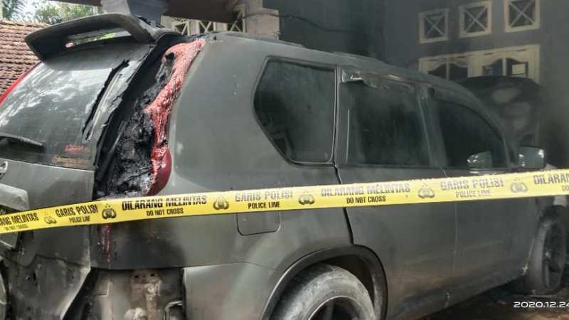 Rumah dan Mobil Milik Jurnalis di Kampar Dimolotov, Pelaku Didesak Segera Ditangkap