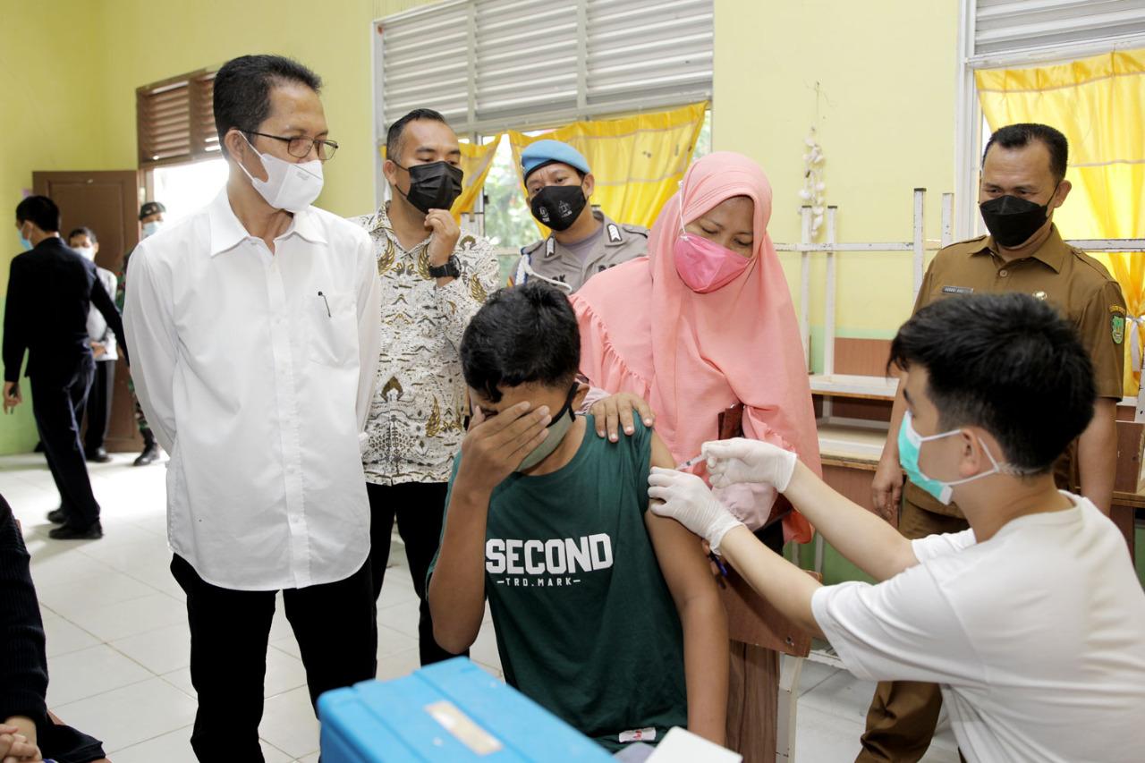 Lindungi Generasi Batam, Vaksinasi Pelajar Berjalan Lancar dan Tertib