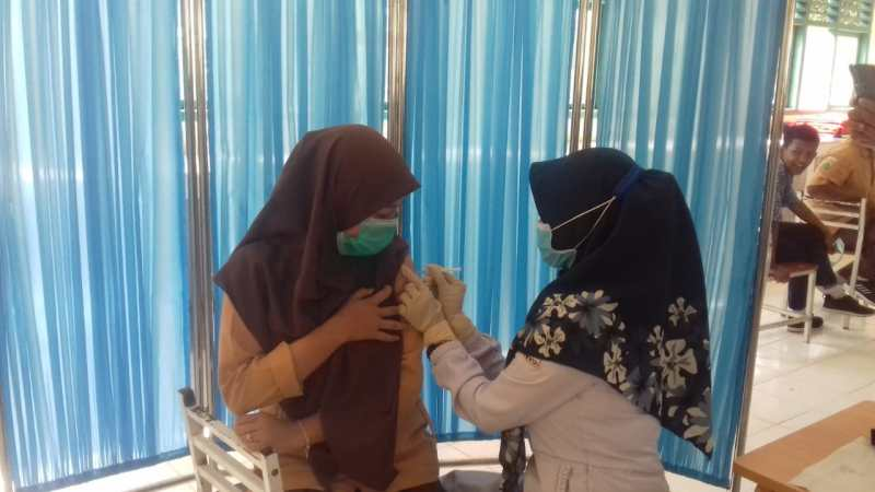 Oalah… Hanya 7 Siswa SMP Negeri 6 Krueng Alem yang Berhasil Vaksin