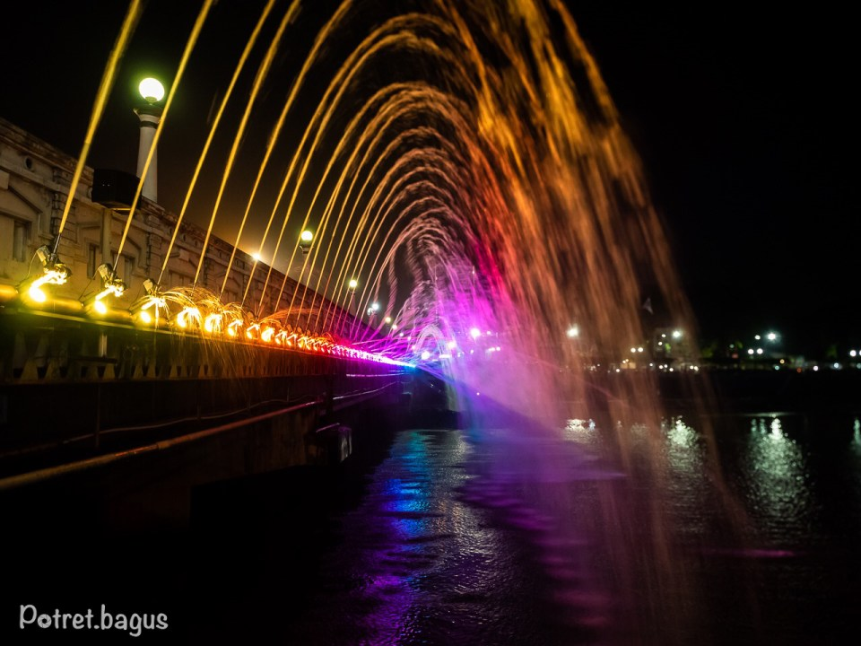 Dancing Fountain at Semarang - potret bagus