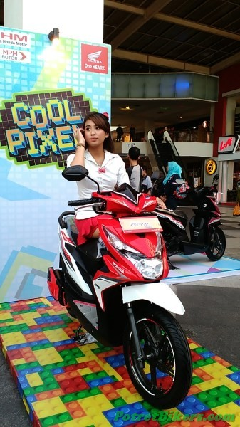 SPG Cantik Honda All New Beat eSP