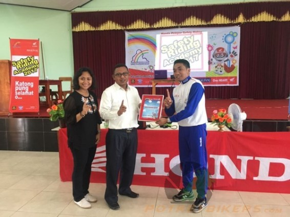 Honda Safety Riding Academy di Kupang - 2017 (2)