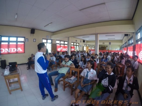 Honda Safety Riding Academy di Kupang - 2017 (3)