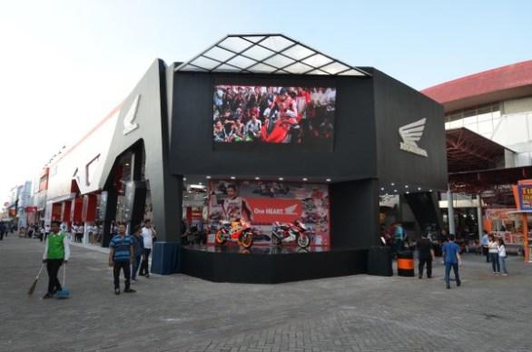Booth Honda Jakarta Fair (1)