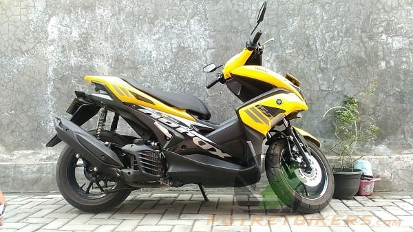 Yamaha AEROX 155 (1)