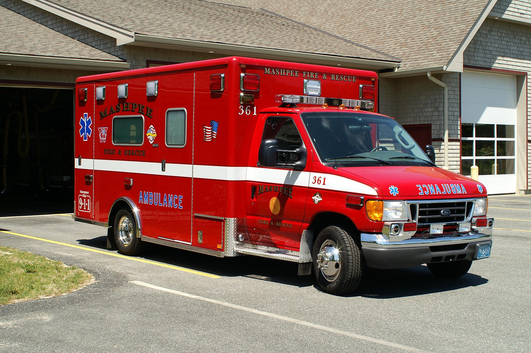hight resolution of mashpee mass ambulance 363 2007 ford e 450 horton